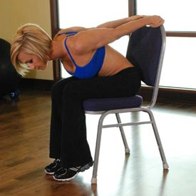 stretch oefening Chair Upper Body